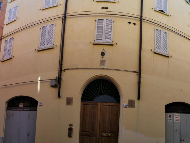 Appartamento in Affitto a Modena via Cerca 29 Centro Storico