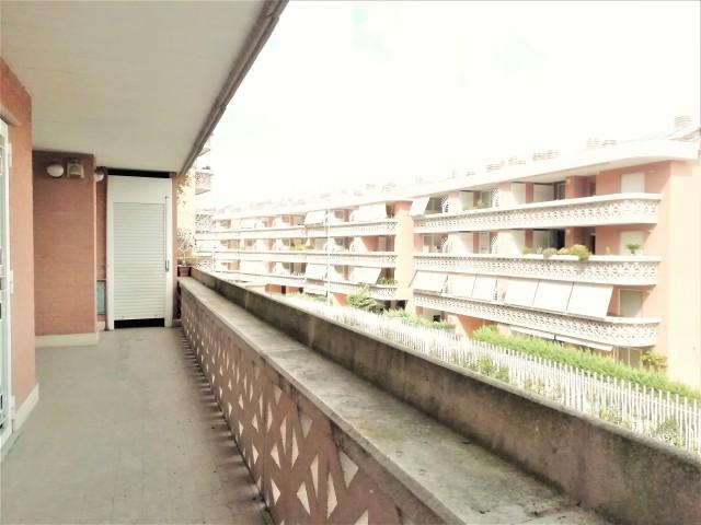 Appartamento in Vendita a Roma Via alberto Moravia 101