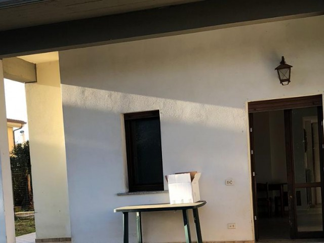 Appartamento in Vendita ad Ardea Via Scrivia snc