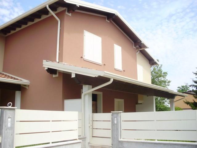 Villa Schiera in Vendita a Montichiari via Mantova 149h