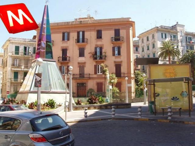Vacanza in Bed and Breakfast a Napoli via leone marsicano