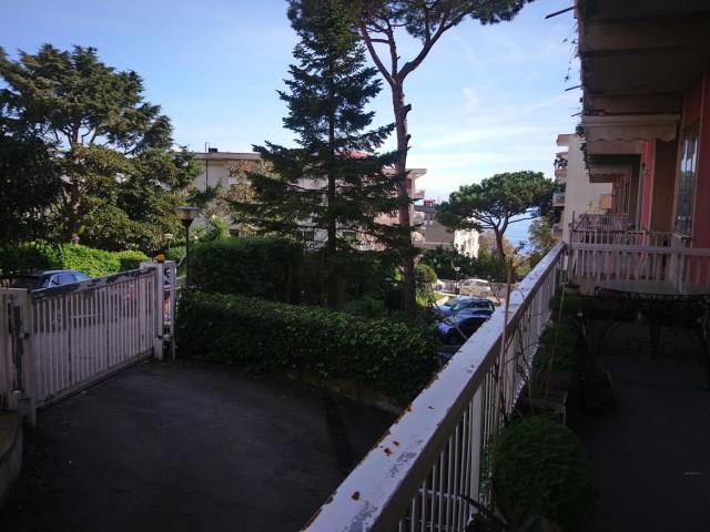Appartamento in Affitto a Napoli via Petrarca 35 Napoli Posillipo