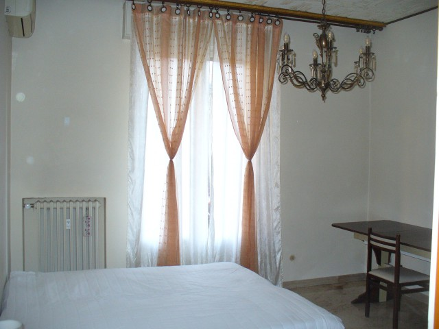 Appartamento in Affitto a Bologna via Antonio Graziadei 3 Costa Saragozza