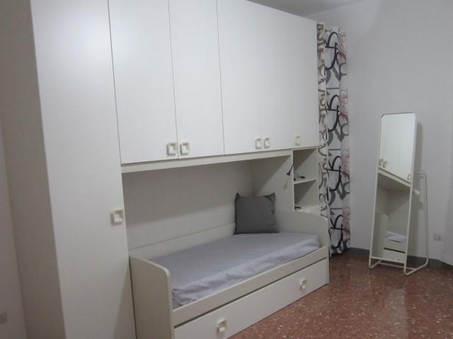 Appartamento in Affitto a Roma via Giovanni Michelotti Monti Tiburtini Pietralata