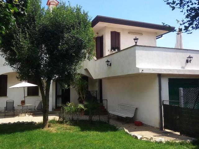 Villa Bifamiliare in Vendita a Tessera via Spigariola 6 a n d