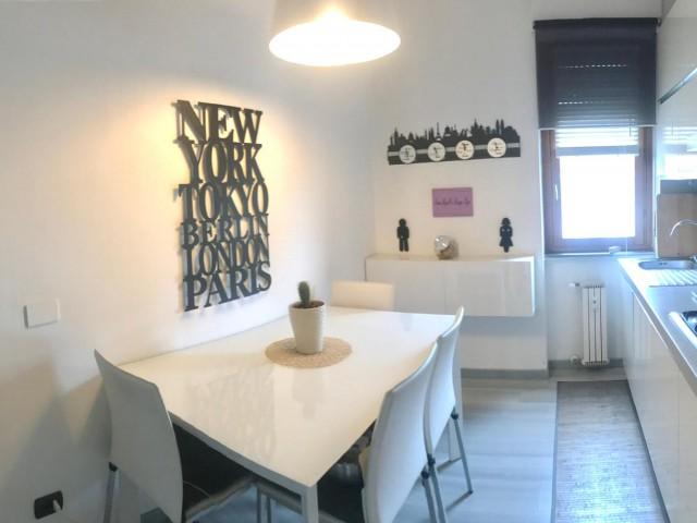 Appartamento in Vendita a Milano via Salieri Lambrate