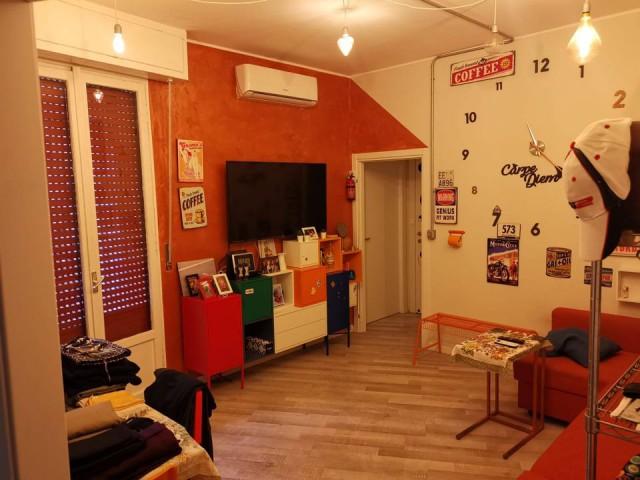 Appartamento in Affitto a Milano via Barzilai 9 Lorenteggio