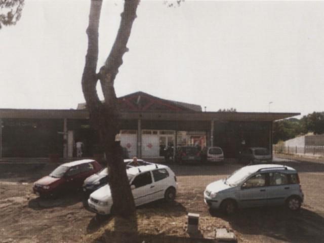 Locale Commerciale in Vendita a Formello Viale Africa Formello le Rughe