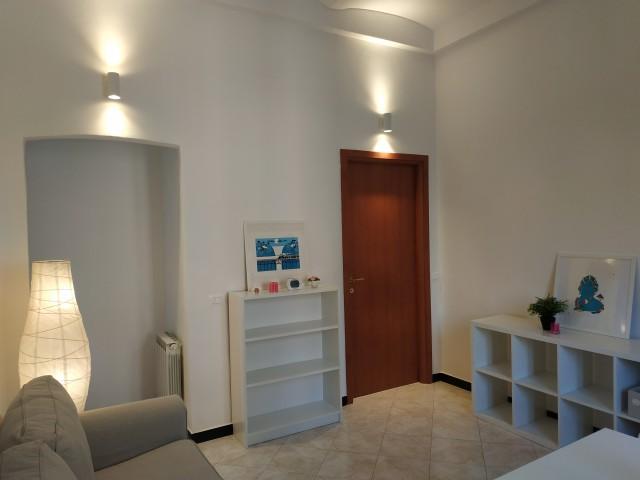 Appartamento in Affitto a Genova via Natale Gallino Zona Pontedecimo