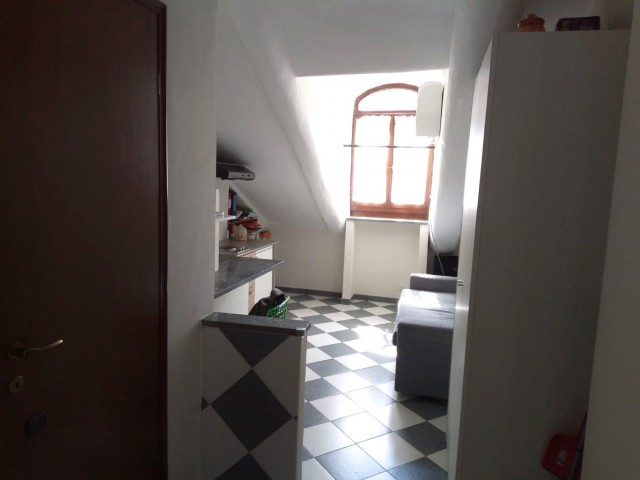 Appartamento in Affitto a Torino via Napione 43 Vanchiglietta