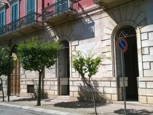 Edificio Stabile Palazzo in Vendita a Gravina in Puglia Corso Aldo Moro 35 Centro