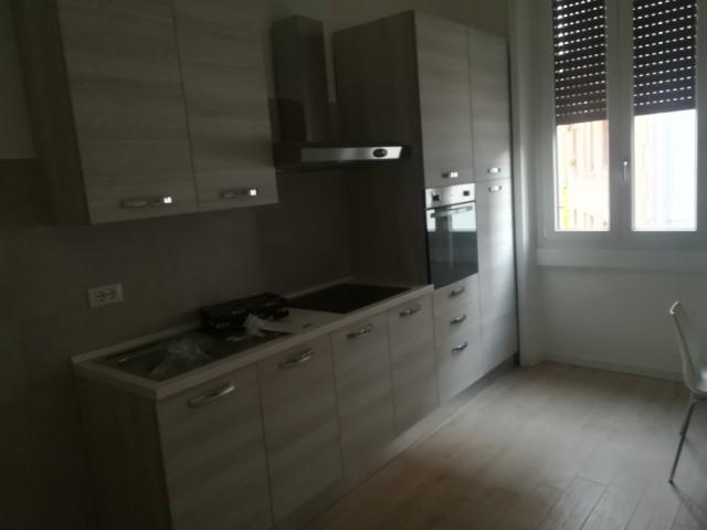 Appartamento in Affitto a Milano via Tallone 2 Aselli Città Studi