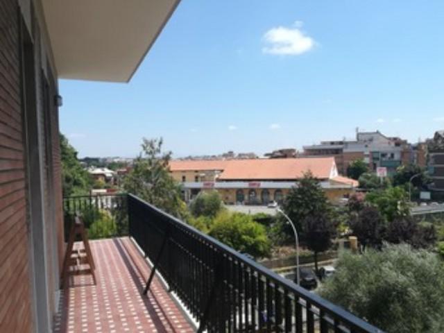 Attico Mansarda in Affitto a Roma Monteverde