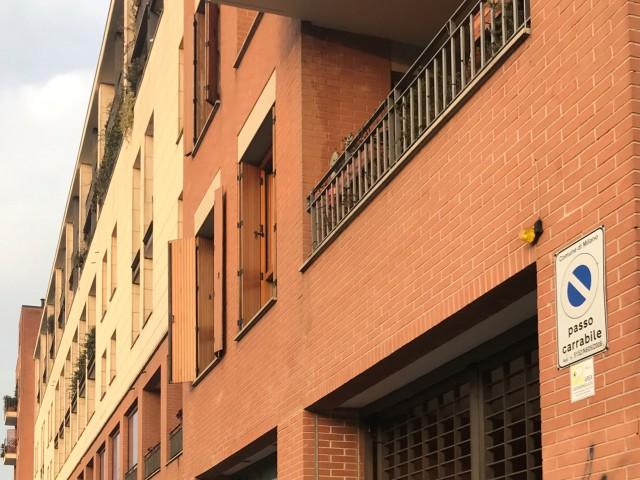 Box Posto Auto in Vendita a Milano via Argelati 44 p ta Genova Navigli