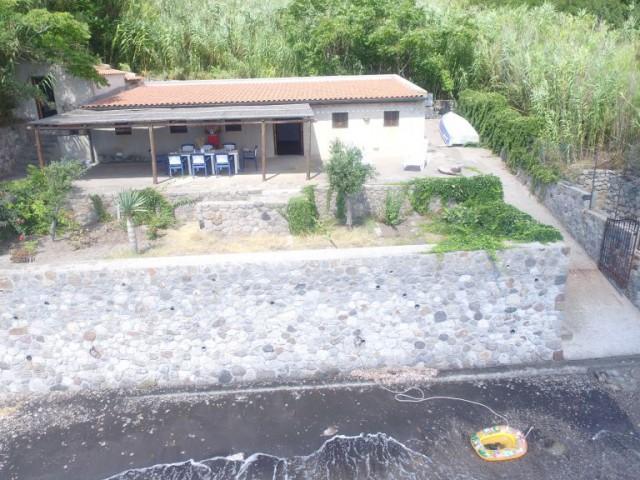 Villa in Vendita a Lipari c da Capistello 98055 Lipari Cappero