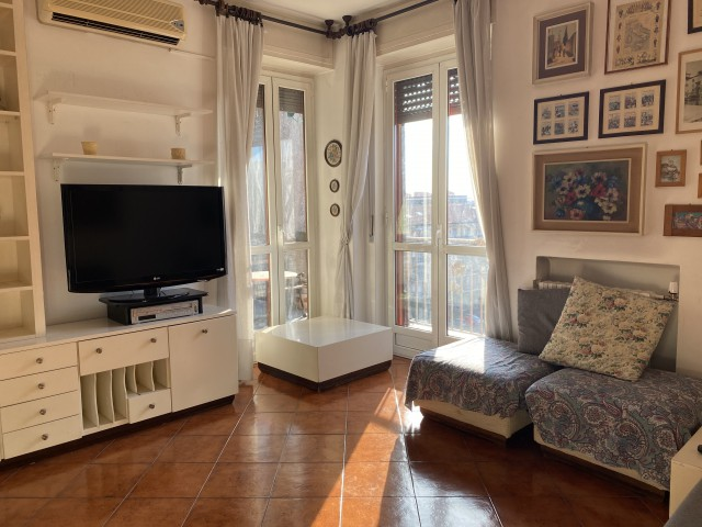 Appartamento in Affitto a Milano via Fra' Cristoforo 2 Navigli Famagosta