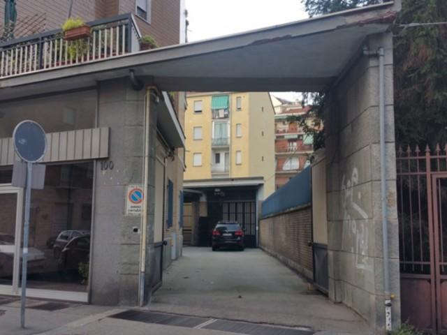 Capannone in Vendita a Torino via Asinari di Bernezzo 100 Parella