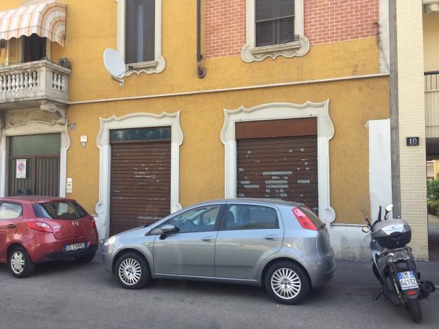 Appartamento in Vendita a Milano via Fabrizi