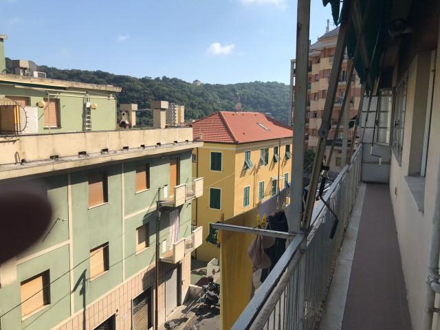 Appartamento in Affitto a Genova via Fontanarossa Zona Marassi Quezzi