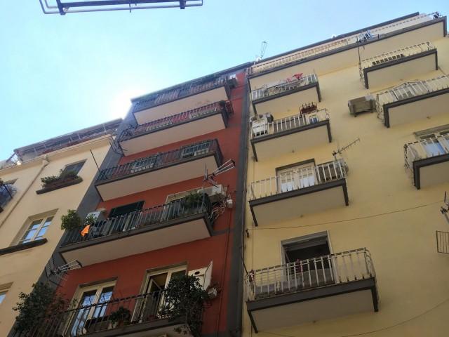 Posto Letto in Affitto a Napoli via Chiaia 103 Chiaia