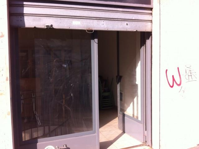 negozio in affitto a milano via mezzofanti 29