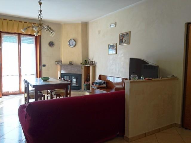 appartamento in giffoni valle piana centro foto1-60009313