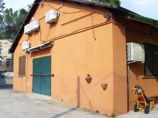 Vendita saxa rubra - Porta portese affitti roma ...
