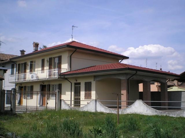casa semindipendente in affitto a pinarolo po via depretis 1