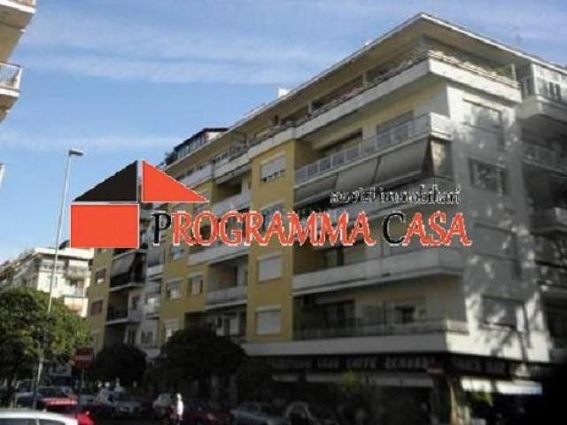 appartamento in vendita a roma via acton