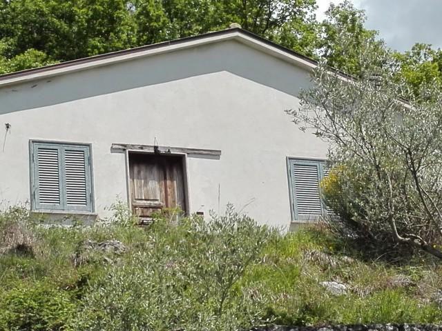 casa indipendente con terreno lazio foto1-78240706