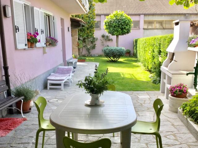 Villa in vendita a nizza monferrato for Noto architetto torinese