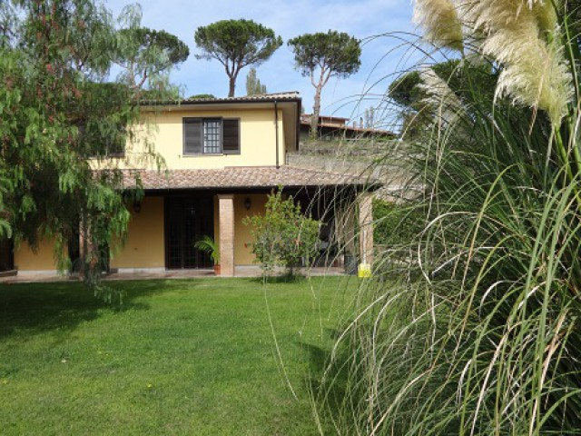 vendita villa cassia roma foto1-80292011