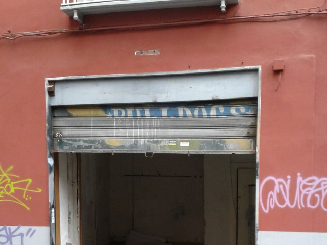 locale commerciale in affitto a napoli piazza s maria la nova 13 foto3-80806817