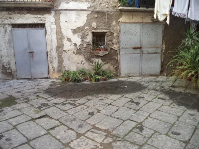 appartamento via viviani castellammare di stabia foto1-81325764