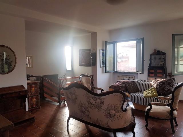 Villa in vendita a massarosa pian di mommio - Agenzia immobiliare montramito ...