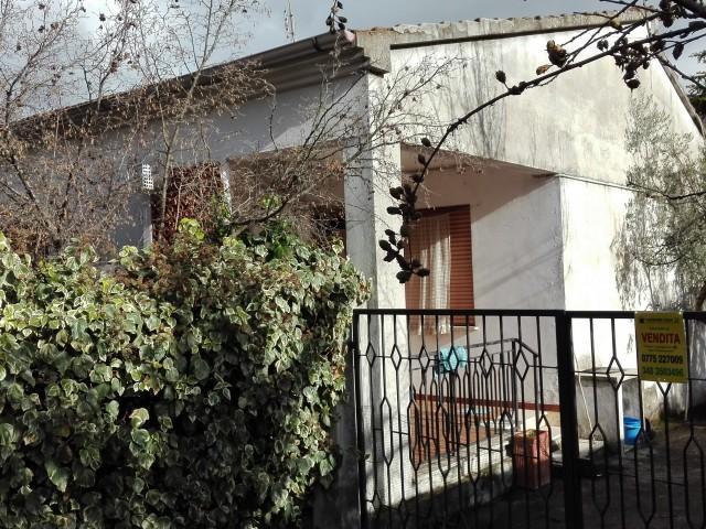 casa indipendente con terreno lazio foto1-85068676