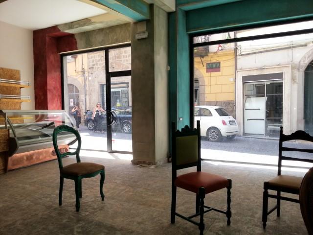 locale commerciale in affitto a viterbo via saffi 24 foto3-88398762