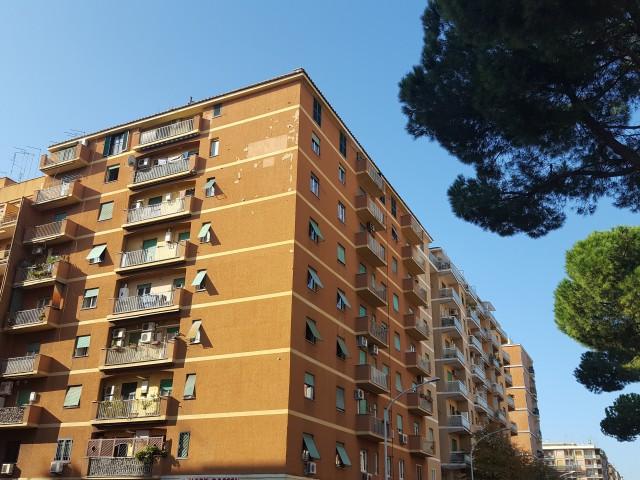 appartamento zona via roberto malatesta roma vendita foto1-89609961