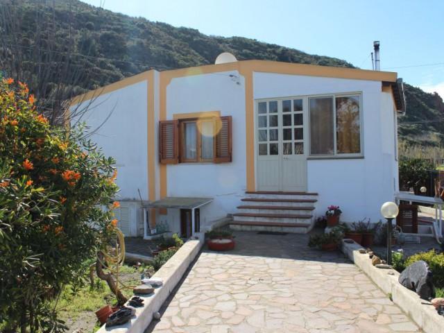 villa singola vendita lipari foto1-92198435