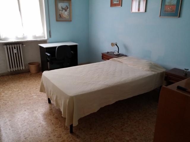 posti letto in affitto a roma via costantino foto2-92492776