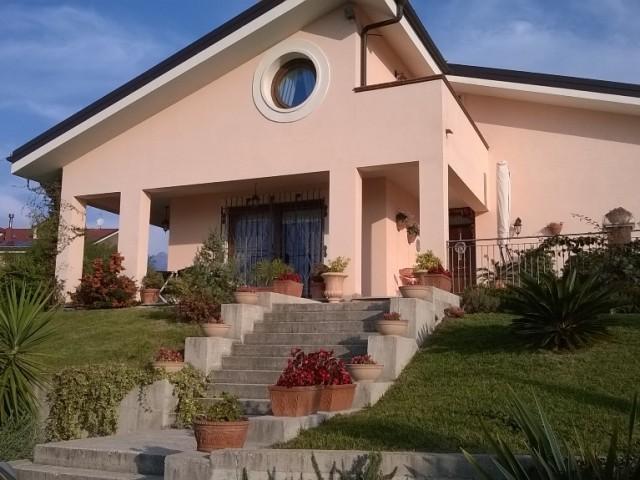 villa capitignano foto1-93354352