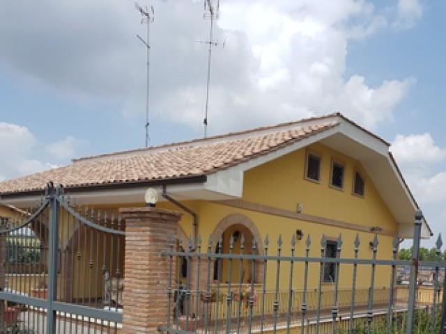 villa mentana lazio foto1-94354634