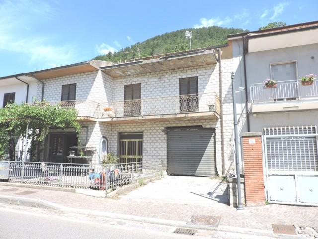 appartamento in vendita a roccamonfina foto1-94497675