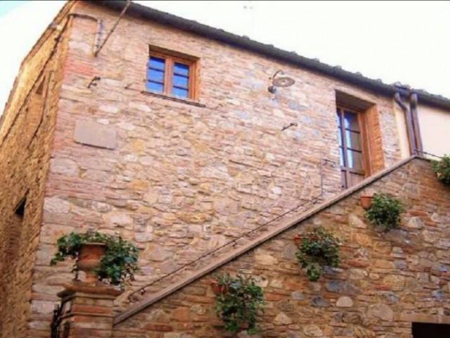 Semindipendente in Vendita a Gambassi Terme Vicolo Pinucci 1
