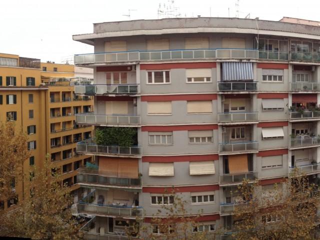 Appartamento in Vendita a Roma via Licia s Giovanni
