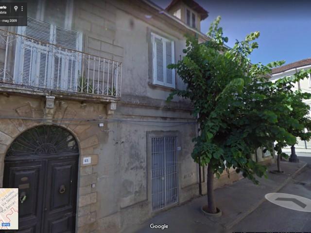 Edificio Stabile Palazzo in Vendita a Mileto via Seminario 65