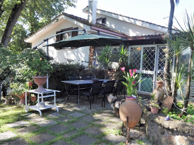 villa in vendita formello castel de á ceveri foto1-97999339