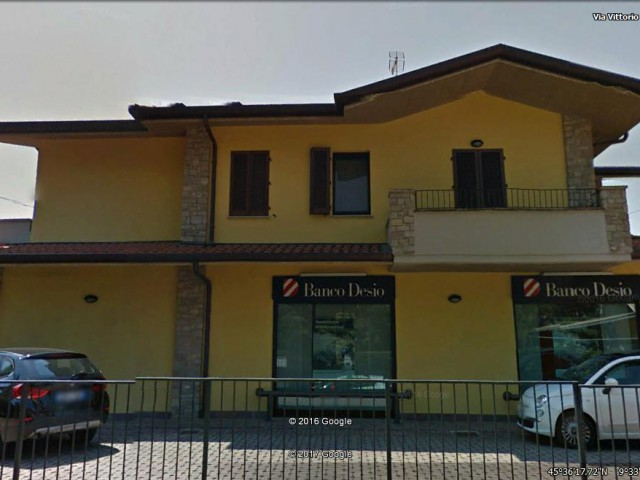 LOCALE COMMERCIALE IN AFFITTO A BREMBATE 2500€ 320mq 2vani