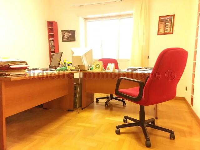 appartamento in vendita roma piazza caduti della montagnola 49 foto1-98459925