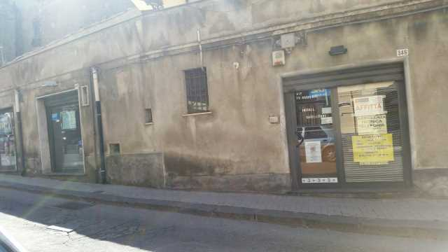 locale commerciale in affitto a bronte c so umberto n° 346 348 foto2-53612939